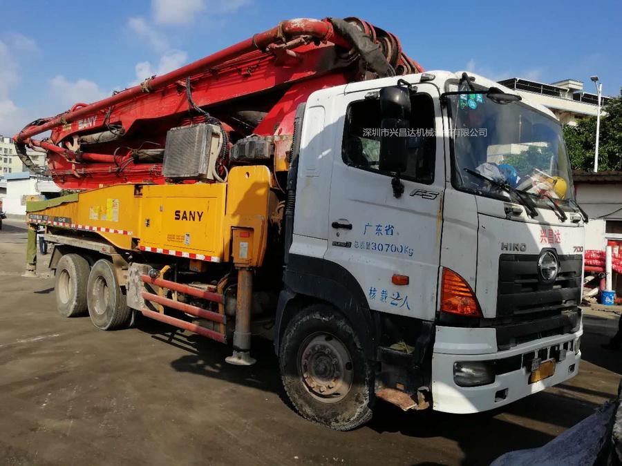 2012年6月46米三橋三一重工泵車,日野700底盤