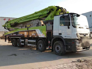 广东深圳2018年56米中联重科工业4.0泵车,奔驰国五底盘