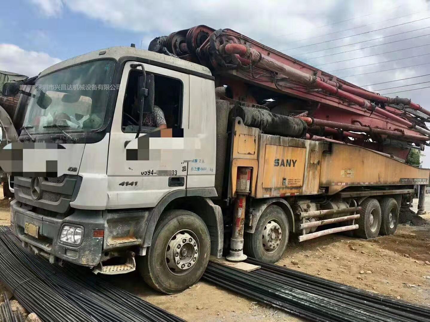 广东深圳2013年上牌未过户56米摩杰泵车,奔驰底盘