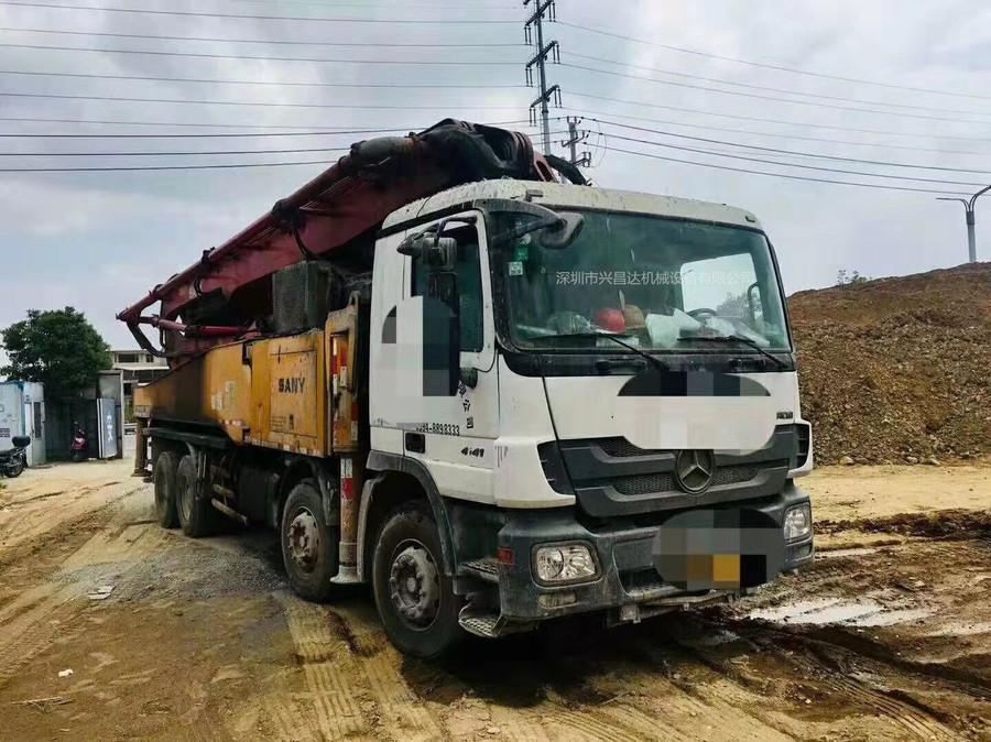 廣東深圳2013年上牌未過戶56米三一重工泵車,奔馳底盤