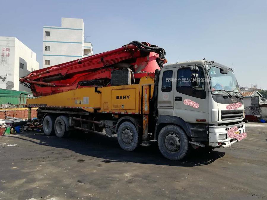 2011年6月52米三一重工泵車,五十鈴底盤