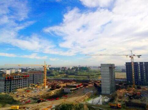 中联重科塔机助建阿尔及利亚大型商业住宅项目