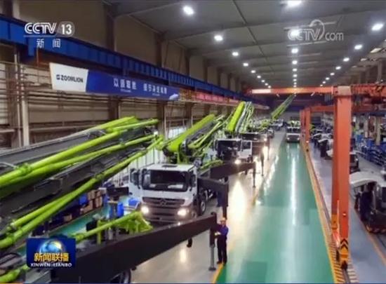 中联重科麓谷工业园泵车总装车间