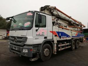 2012年4月47米大排量中联重科泵车,奔驰底盘