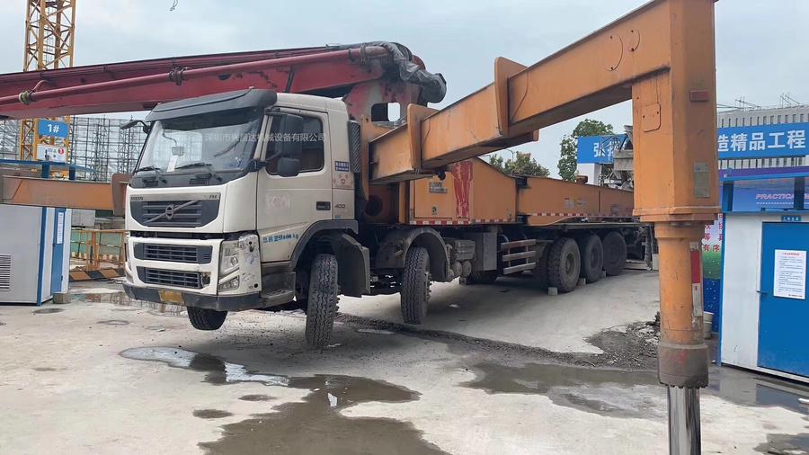 廣東深圳2014年底5橋國三62米C8三一重工泵車,沃爾沃底盤