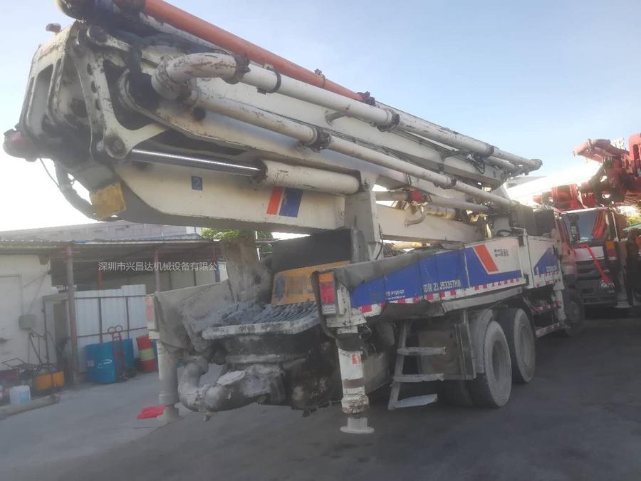 2012年三桥47米中聯重科泵車,五十铃底盘