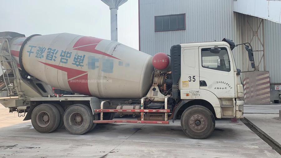 浙江金华15台2013年上牌大12方三一重工搅拌车,日野发动机