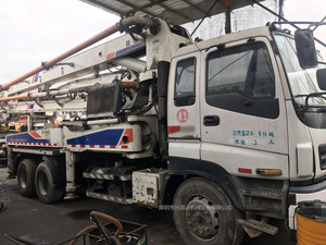 2010年国三绿标37米中聯重科泵車,五十铃底盘