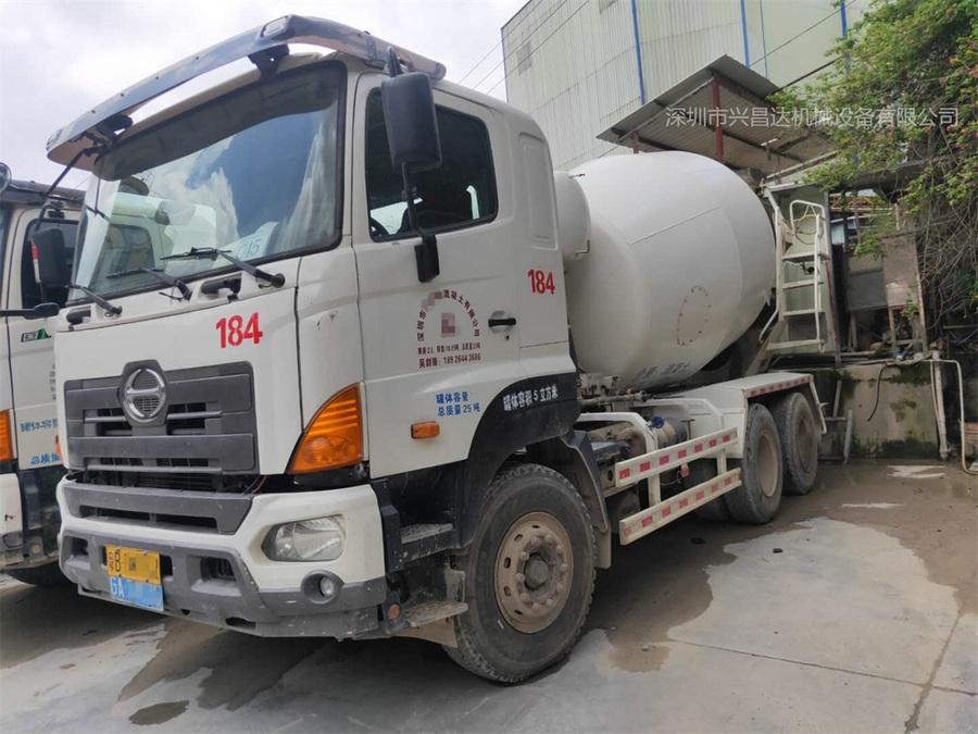 廣東深圳20台2016年中集混凝土攪拌車,廣汽日野底盤