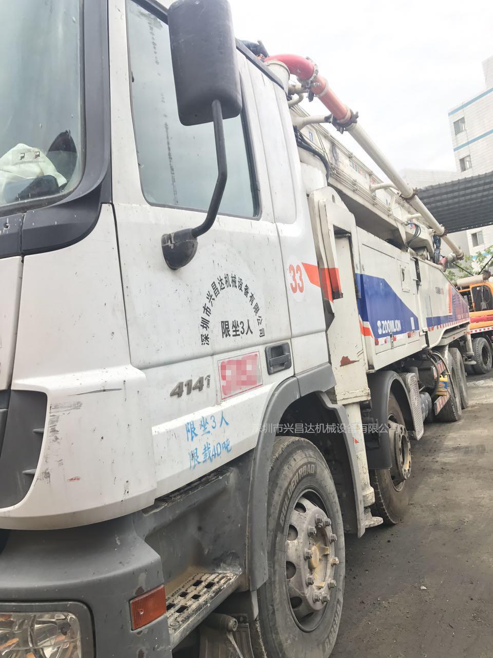 2012年52米中聯重科泵車,同年7月上牌,奔驰底盘