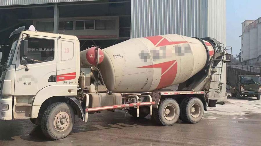 浙江杭州20台2013年6月大12方三一重工搅拌车,日野发动机