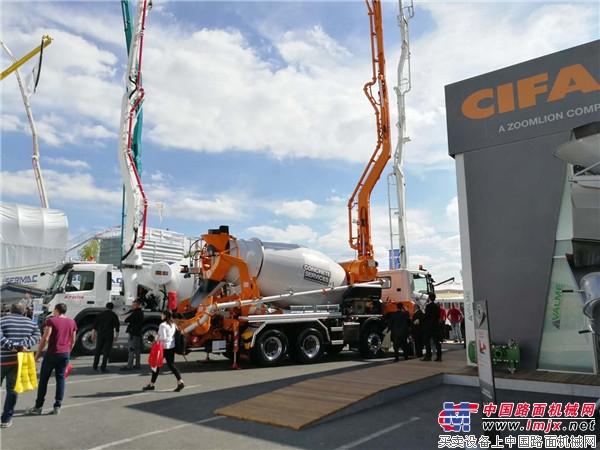 合体亚洲天堂2017受关注 中聯重科CIFA携多款混凝土泵車精彩亮相法国展