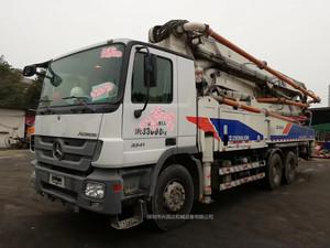 2012年47米中聯重科泵車,奔驰底盘