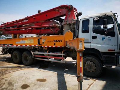 广东深圳2009年底国三37米三一重工泵車,五十铃底盘